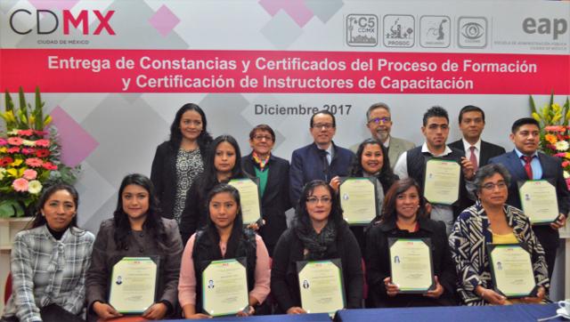6CertificadosInstructores13Dic2017.JPG